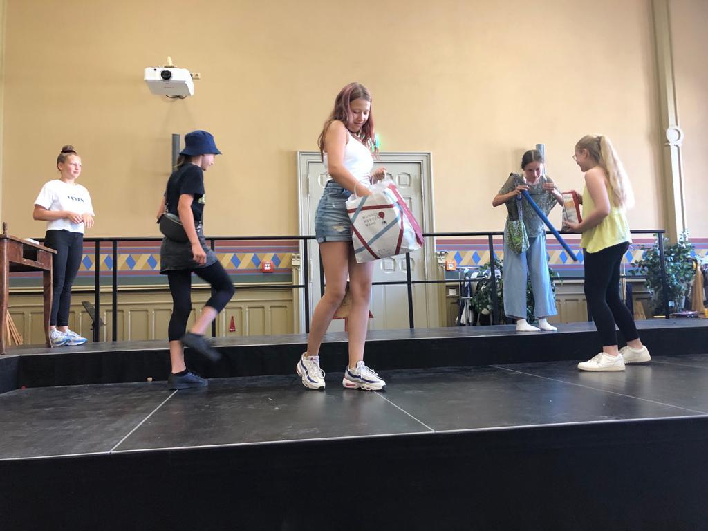 Foto-11-Theater